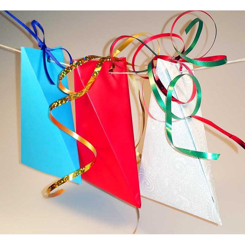 origami schachtel ausgefallene geschenkverpackung selber. Black Bedroom Furniture Sets. Home Design Ideas